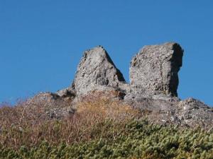 権現岳の二つに裂かれ巨石